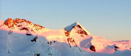 Sunrise after a bivouac on the Eigergletscher