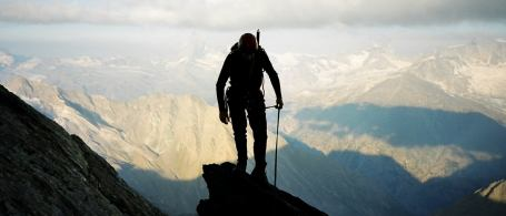 Scrambling courses are ideal preparation for many Alpine routes